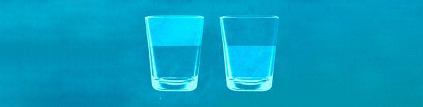 ¿Podemos aprender a ver el vaso medio lleno en vez de medio vacío?